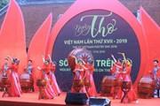 Nhìn lại một chặng đường 5 năm - Thơ Việt có gì?!