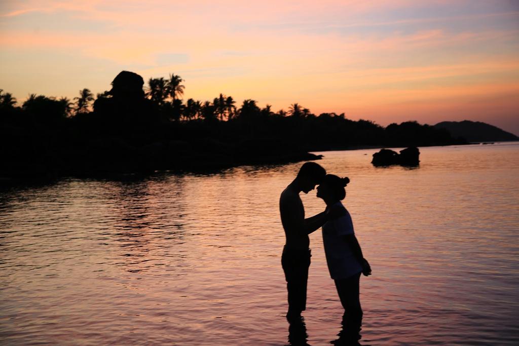 """""""Một khúc sông sâu"""": Vết thương lòng chẳng bao giờ lành"""
