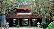 Cảm hứng nguồn cội trong thơ viết về đền Hùng
