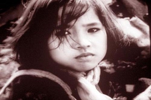 NSND Lan Hương: Giữ trọn tình yêu với nghiệp diễn