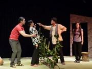 Sân khấu tư nhân phía Nam: Chông chênh tồn tại