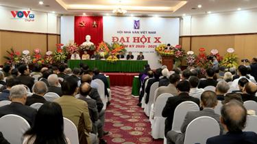 Đại hội Hội Nhà văn Việt Nam lần thứ 10: Tạo dựng những giá trị nhân văn mới cho xã hội thông qua văn học