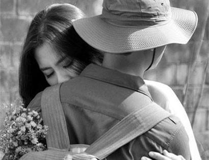"""Truyện ngắn """"Chuyện tình người lính"""": Tình yêu và chia ly"""