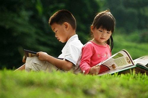 Đọc sách văn học:  Cánh cửa mở rộng tâm hồn