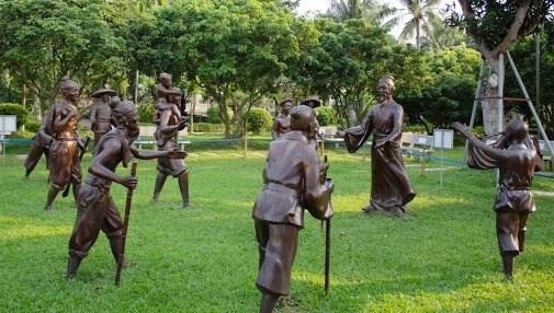 Nguyễn Bỉnh Khiêm, lựa chọn như một lối ứng xử