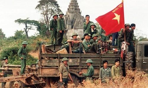 30 năm quân tình nguyện Việt Nam: