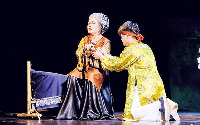 NSND Lệ Ngọc: Dành trọn tình yêu với sân khấu kịch