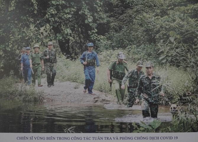 """""""Cuộc sống thường ngày"""", """"Một ngày Việt Nam"""": Triển lãm của Hội Nhà báo Việt Nam"""